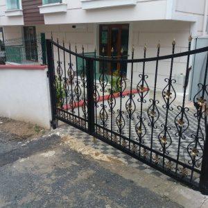 İstanbul Ferforje 90 Derece Kapı İmalatı
